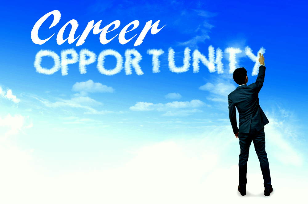 CAREER OPPORTUNITIES IN JOURNALISM AND MASS  COMMUNICATION